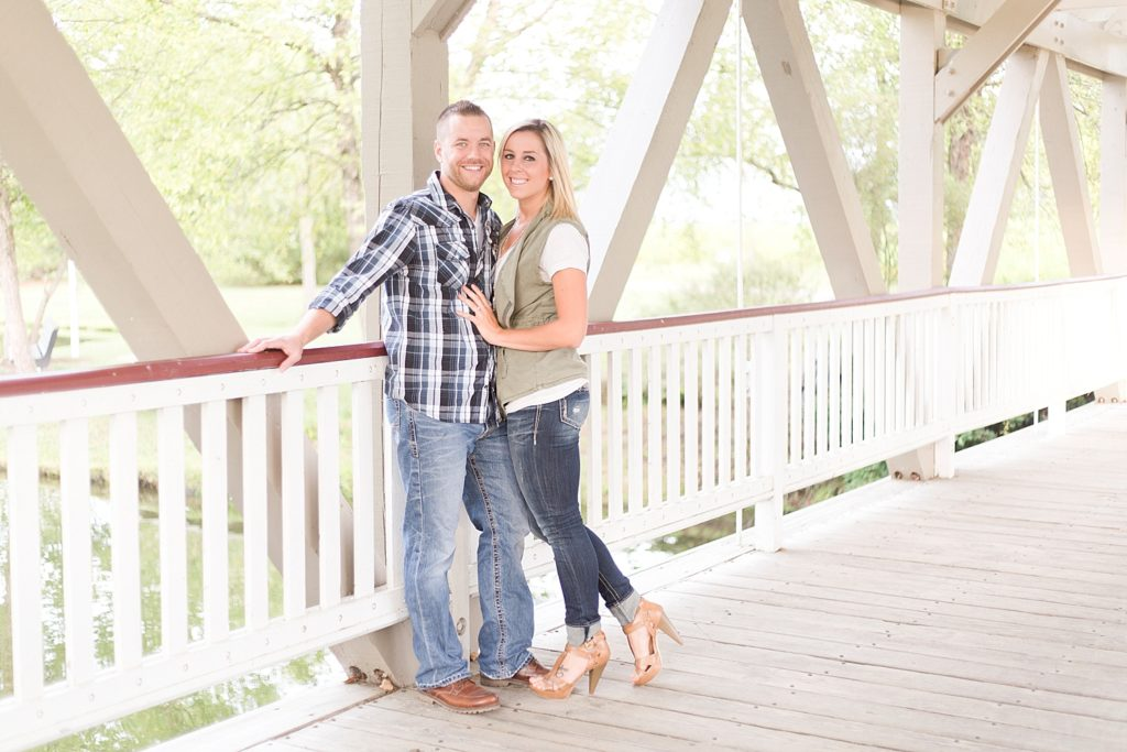 homestead-park-hilliard-ohio-engagement-photographer-001