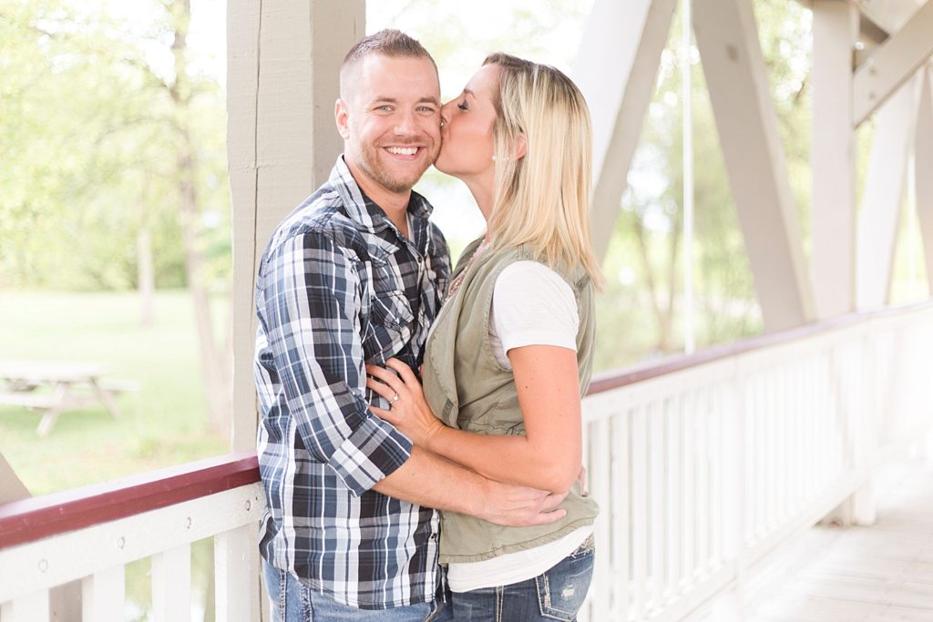 homestead-park-hilliard-ohio-engagement-photographer-010