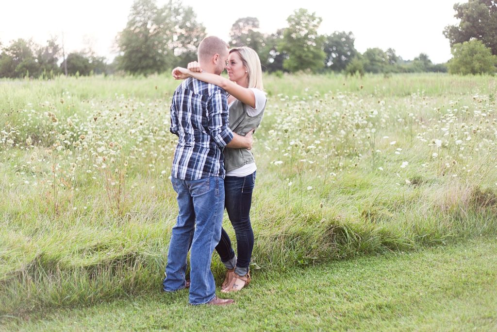 homestead-park-hilliard-ohio-engagement-photographer-073