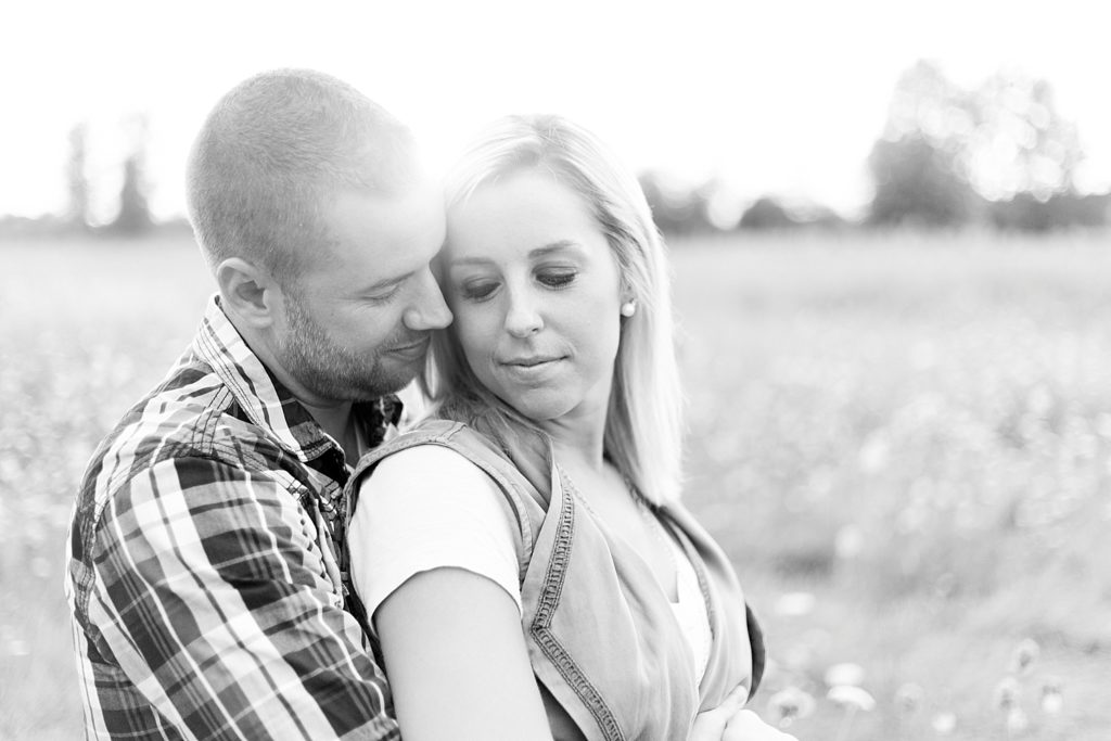 homestead-park-hilliard-ohio-engagement-photographer-107