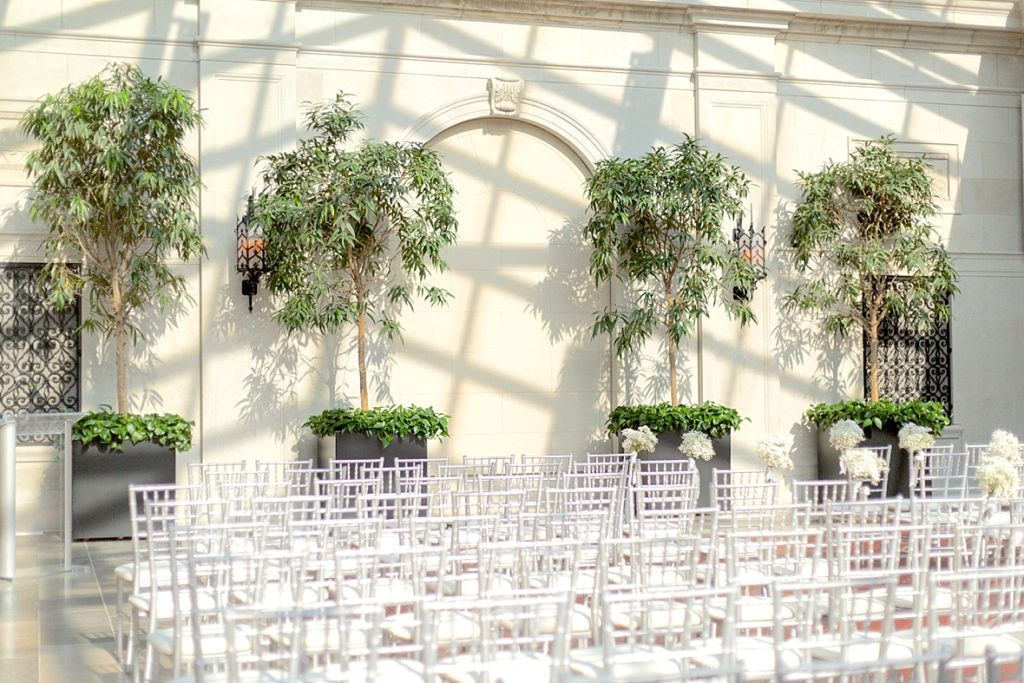 The 10 best wedding venues in columbus ohio marissa eileen brides i know how difficult it can be to choose a venue for your wedding ceremony and reception there are so many beautiful venues in central ohio junglespirit Choice Image